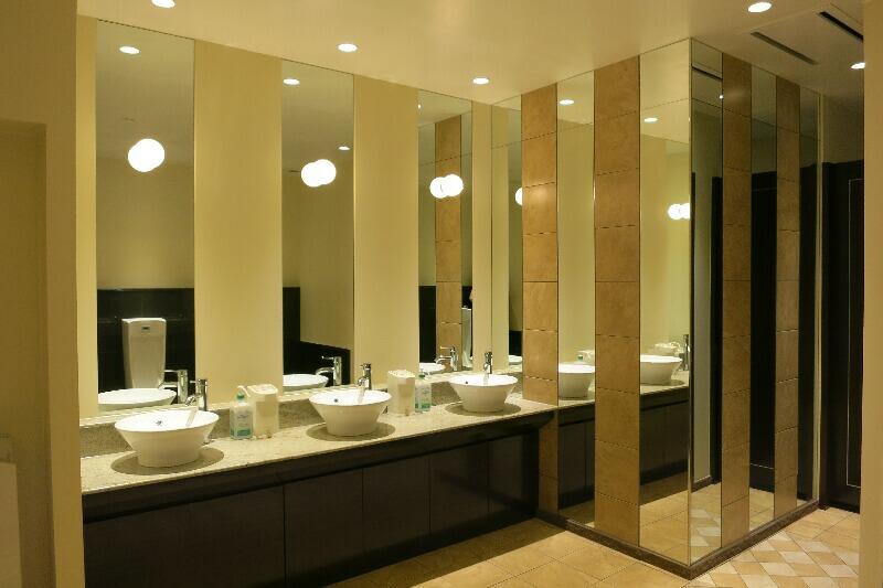 リゾートホテル改修工事 沖縄かりゆしリゾートオーシャンスパ 有限会社やま